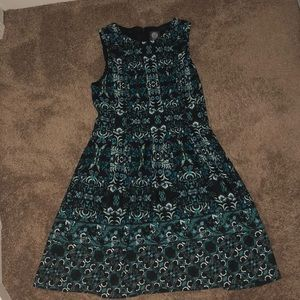 Vince Camuto floral pattern sleeveless dress